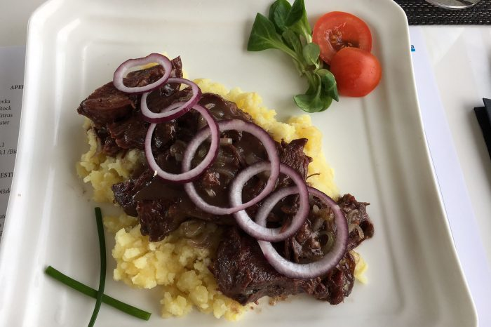 Restaurant Gracia - BEEF CHEEKS ON RED WINE mashed potatoes